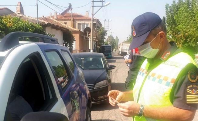 Manisa'da jandarmadan dronlu maske denetimi