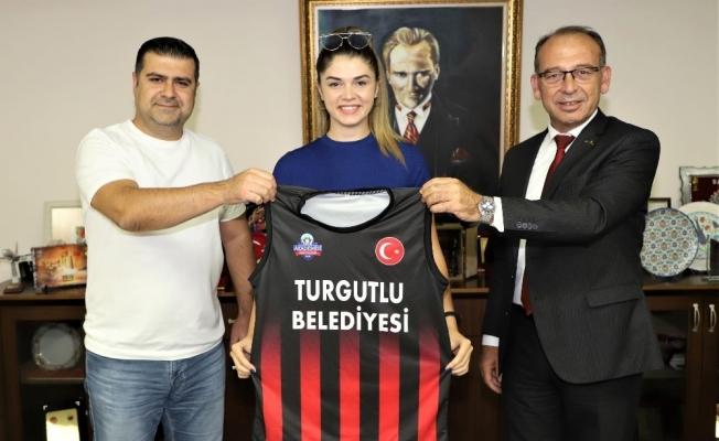 Turgutlu Belediyespor Basketbol Takımına yeni kaptan transferi