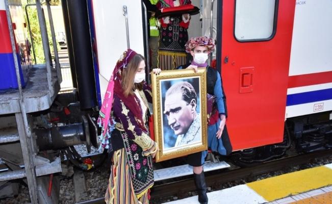 Atatürk'ün Manisa'ya gelişinin 95. yıl dönümü kutlandı