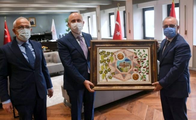 Başkan Kayda, Ulaştırma Bakanı Karaismailoğlu'ndan destek istedi