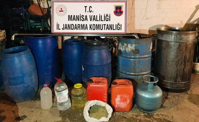 Manisa'da 705 litre sahte içki ele geçirildi