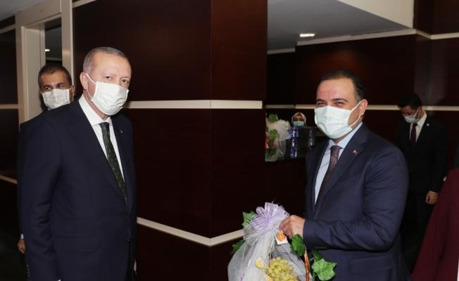 Cumhurbaşkanı Erdoğan'a üzümlü teşekkür