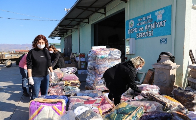 Kadınlar öncülük yaptı Alaşehirliler İzmir için seferber oldu