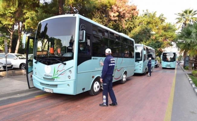 Manisa'da toplu taşıma araçlarında korona virüs denetimi