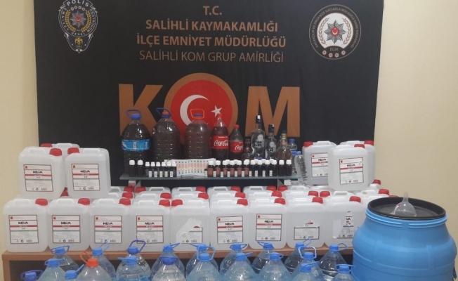 Salihli'de 319 litre sahte içki ele geçirildi