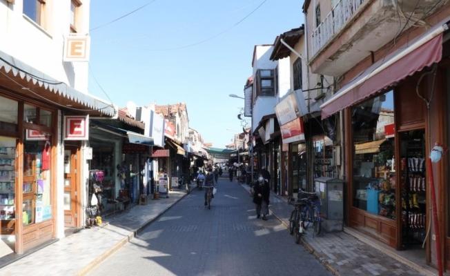 Yunusemre Caddesi'nin güzelliği büyükşehirle ortaya çıkacak