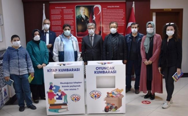 Yunusemre'de kitap ve oyuncak kampanyası