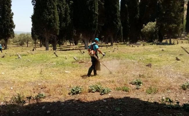 Kayadibi Mahalle Mezarlığında hummalı çalışma
