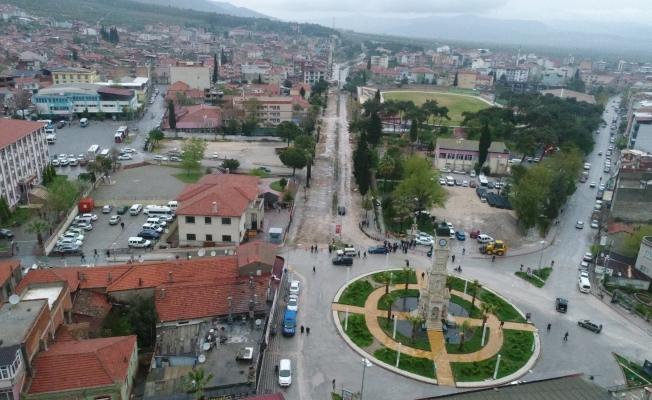 Kırkağaç'ta Prestij Caddesinin altyapısı yenilendi