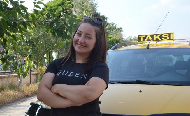 Otomobil tutkusu 24 yaşındaki Seda'yı taksici yaptı