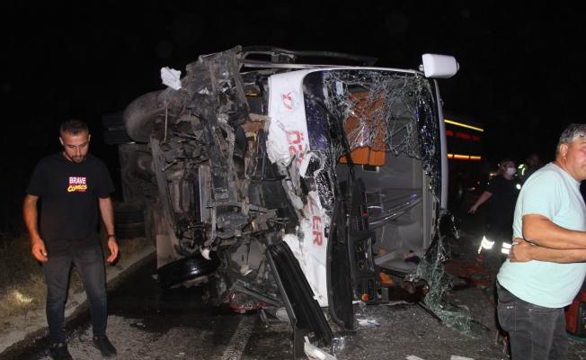Manisa'da 4 kişinin öldüğü kaza kamerada