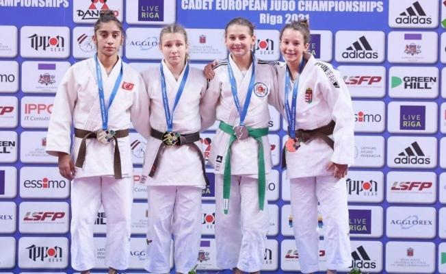Manisalı judoculardan Letonya'da büyük başarı