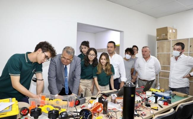 Başkan Çerçi 'TEKNOFEST 2021'e katılacak öğrencilerle buluştu
