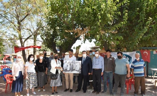 Büyükşehir ve MASKİ ekipleri Ahmetli'de vatandaşları dinledi