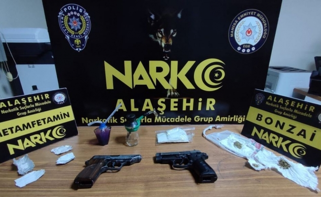 Evinde silah ve uyuşturucu yakalanan şahıs tutuklandı