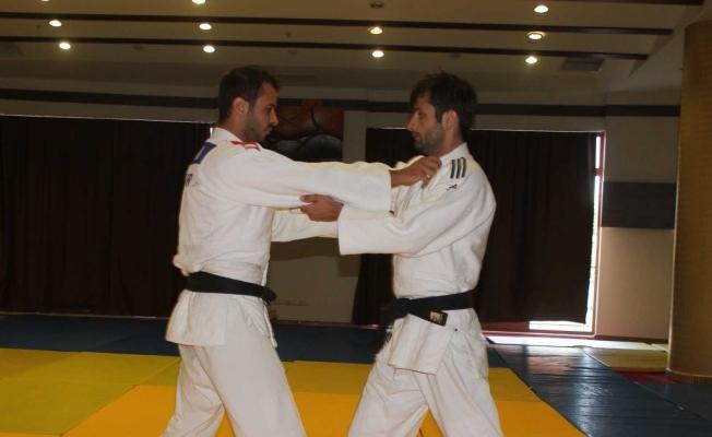 İşitme Engelli Judocular, Salihli'de güç depoluyor