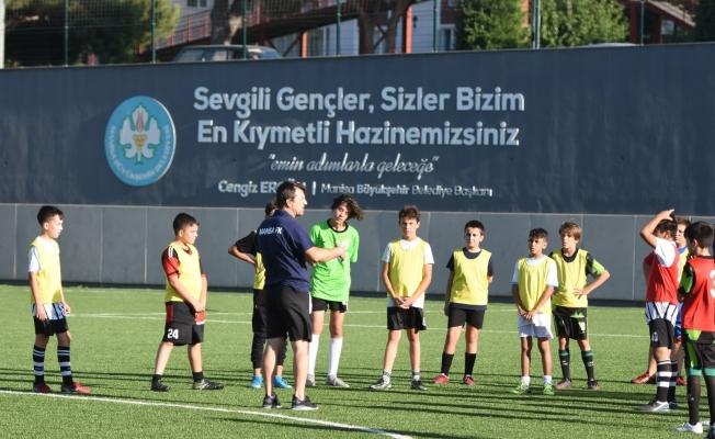 Manisa FK Akademi seçmelerine yoğun ilgi
