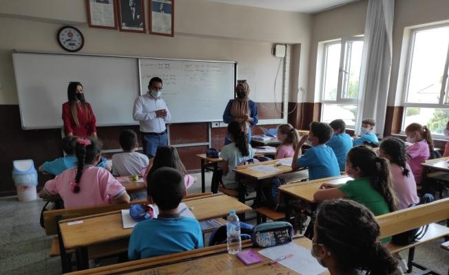 Okullar çocuk sesleriyle şenlendi
