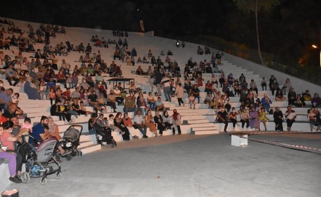 Şehzadeler'de 'Açık hava sinema günleri' devam ediyor