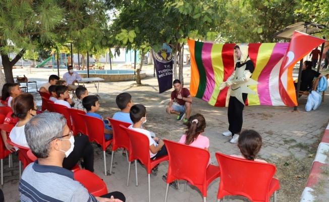 Turgutlu Belediyesi çocukları tiyatroyla buluşturdu