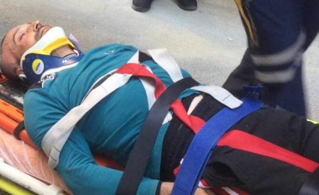 Manisa'da çatıdan düşen bir kişi ağır yaralandı
