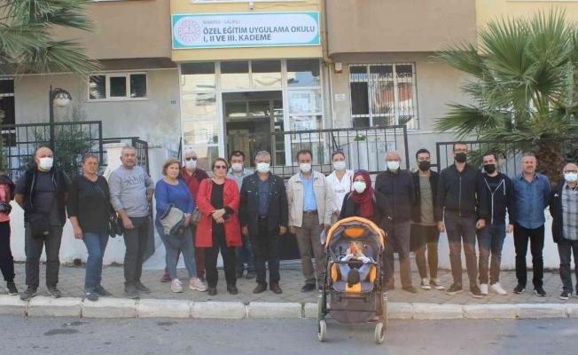 Salihli'de velilerden 'Taşınma tepkisi'