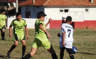 Sarıgöl'de okullar arası yıldız erkekler futbol turnuvası