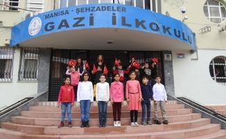 Manisa'da işitme engelli sınıfı olan tek okul