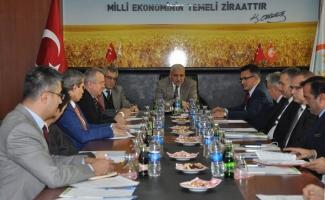 Vali Güvençer'den 'Organik tarım ve jeotermal seracılığa odaklanmalıyız' çağrısı