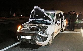 Akhisar'da trafik kazası: 2 ölü