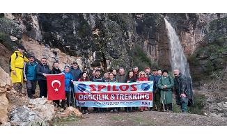 Spilos Dağcıları Görenez Şelalesi'nde