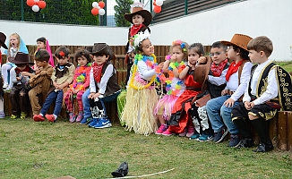 MOSB Anaokulu minikleri 23 Nisan'ı kutladı