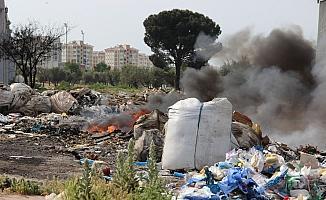 Yakılan hurda çöpler tehlike saçıyor
