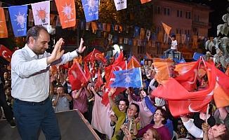 AK Parti'li Baybatur, ekonomideki oyuna dikkat çekti