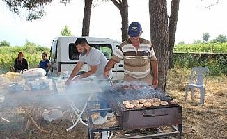 Seçim iddiasının kazananı köy halkı