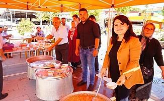 Sarıgöl AK Parti İlçe Teşkilatından  Aşure İkramı