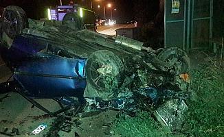 İki araç birbirine girdi 2'si çocuk 8 yaralı