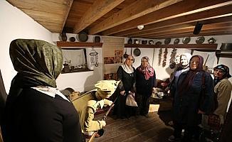 Turgutlu'nun kadınlarından müze gezisi