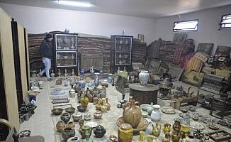 Gerçek öldüğünde ortaya çıktı, 82'lik dede evini müzeye çevirmiş