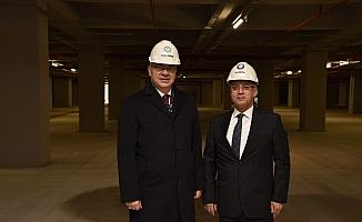Salihli'nin 500 araçlık yeraltı otoparkı hizmete girdi