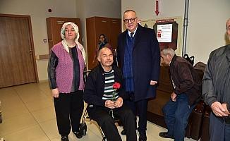 Başkan Ergün'den hastalara geçmiş olsun ziyareti