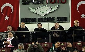 UEFA Avrupa Ligi: Akhisarspor: 0 - Standard Liege: 0 (İlk yarı)
