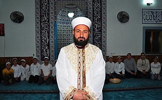 (Özel) Cami imamı çocukların kaderini değiştirdi