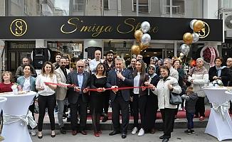S'miya Store açıldı