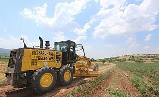 Saruhanlı Belediyesi'nden arazi yollarında ıslah çalışması