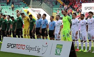 Spor Toto Süper Lig: Akhisarspor: 0 - Antalyaspor: 2 (İlk yarı)