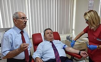 Kan vererek 222 kişinin hayatını kurtardı