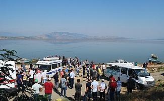 Marmara Gölü'ndeki kayıp 2 kişinin cansız bedenine ulaşıldı