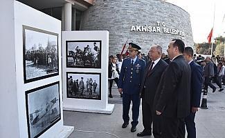 Akhisar ve Atatürk sergisi büyük beğeni topladı