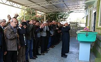 Manisa'da 6 aylık eşi tarafından öldürülen kadın toprağa verildi
